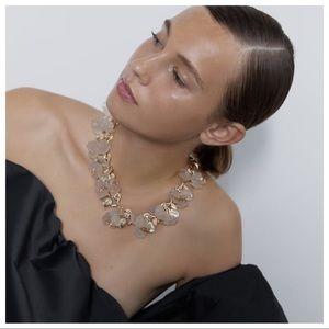 NWT. Zara Golden Special Edition Floral Necklace.